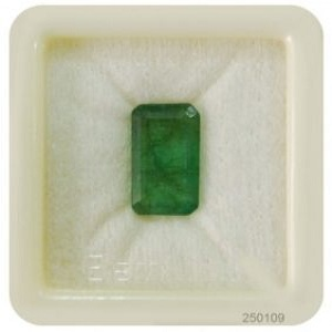 fine emerald gemstone